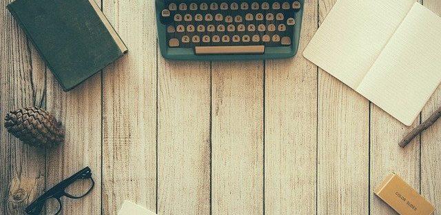 Pubblicare un libro: cartaceo o ebook?