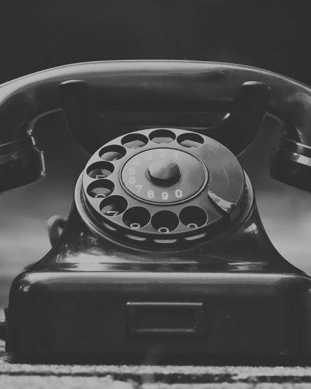 Risparmiare sulla bolletta telefonica