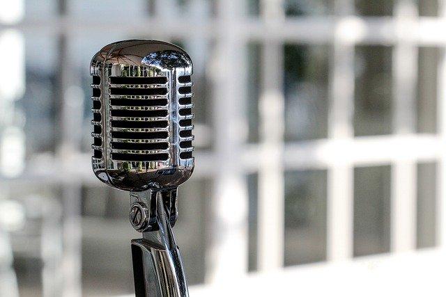 Live Social, come fare marketing parlando della tua attività in radio