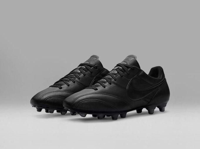 Il mondo del calcio e le scarpe Nike premier